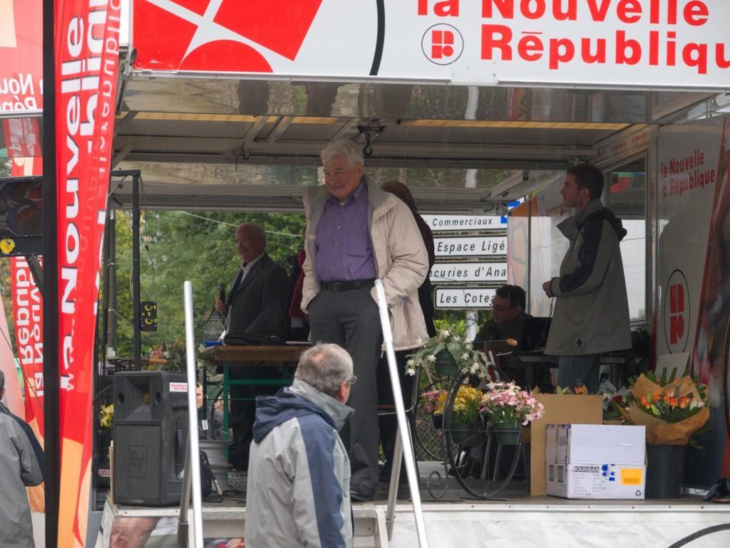 Jean-Paul Olivier et Raymond Poulidor - 39e Trophée handisport - samedi 20 octobre à Montlouis (Indre-et-Loire).