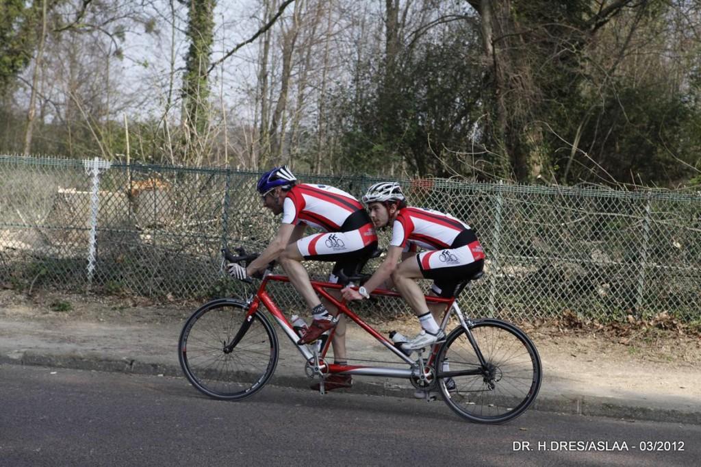 Course de Longchamp 2012 - cyclisme handisport - Organisation ASLAA